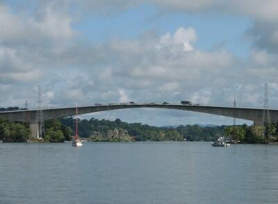 Rio Dulce bridge at Fronteras/Relleno