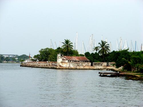 Fuerte de San Sebastián del Pastelillo, Cartagena, Colombia, with Club de Pesca in background